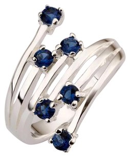 Beautiful 925 Sterling Silver Ring w/Crystal