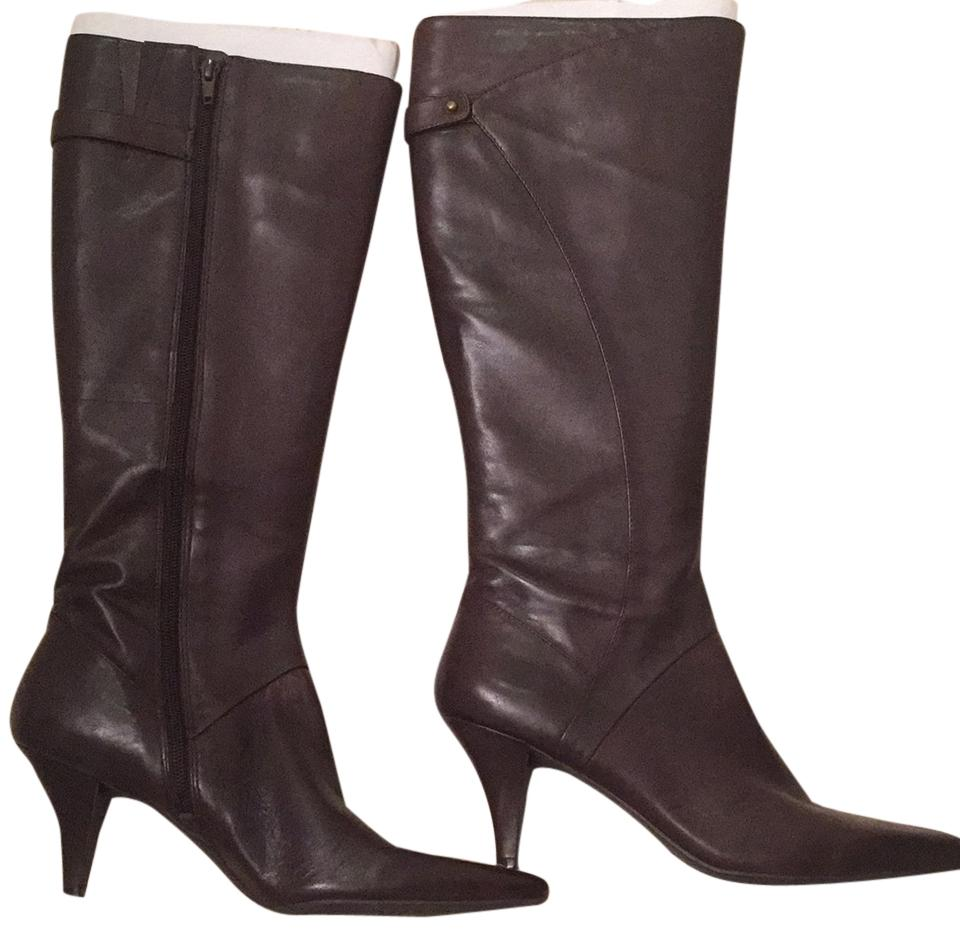 Brown Ninewest Low heel leather boot