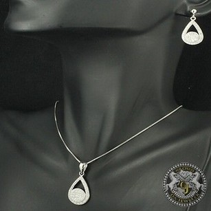 Exclusive Ladies Real Silver Party Wear Stylish Look Earring Necklace Pendant
