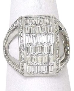 18k White Gold 3.00ctw Round Baguette Cut Diamond Rectangular Cocktail Ring