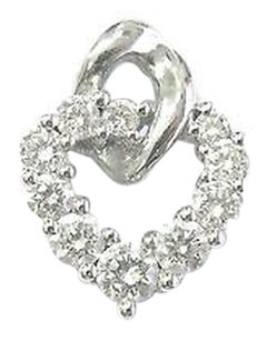 18kt,Round,Cut,Diamond,Shared,Prong,White,Gold,Heart,Pendant,1.10ct