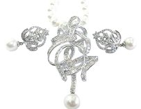 Fine,Baguette,Round,Diamond,Pearl,Necklace,Earrings,4.65ct,6.5mm-7mm,18
