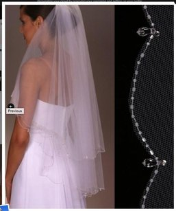 New Beautiful Veil With Beads All Around It