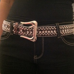 NWOT STUDDED BLING SAFARI BELT (42