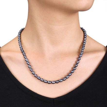 Other 18 5-5.5 Mm Freshwater Rice Black Pearl Necklace Wsilvertone Clasp