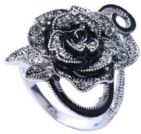 Other Stunning Retro Vintage Personality Rose and Crystal Ring