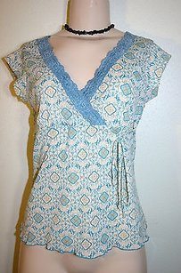 Btrue Ivory Teal Print Lace Top Multi-Color