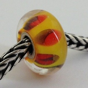 Trollbeads Trollbeads Retired Red Shadow D Bead Charm 61310