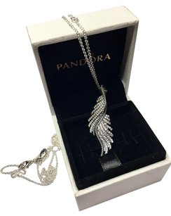 PANDORA New Pandora Majestic Feathers pendant and necklace with original box