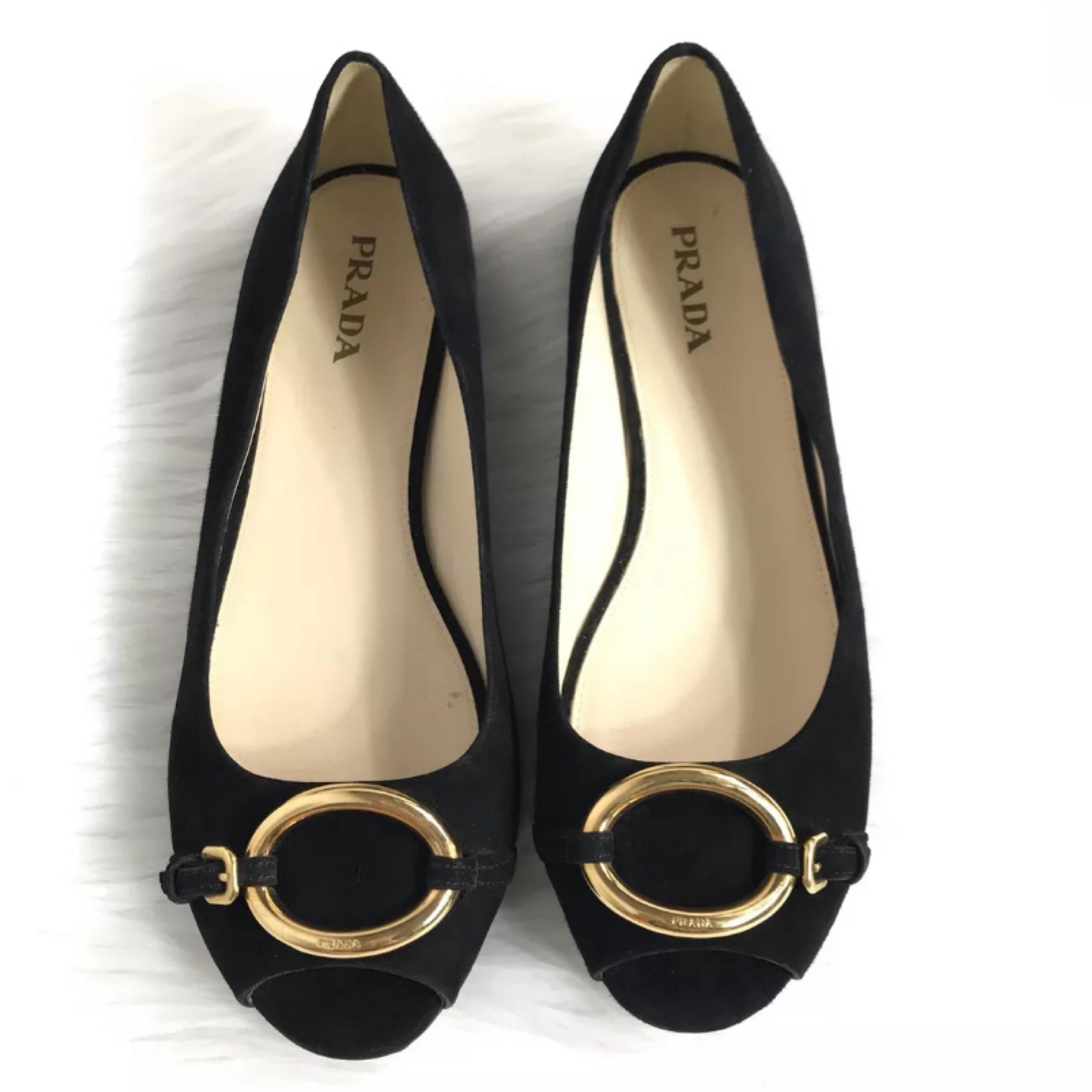 0a4e8d9dae6b Prada Black and and and Gold Open Toe Suede Flats Size EU 40 (Approx. US  10) Regular (M