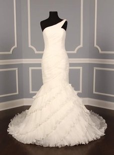 Pronovias Gaudi Wedding Dress