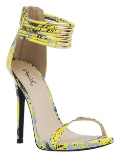 Qupid Neon Yellow Sandals