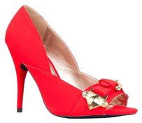 Qupid Red Pumps