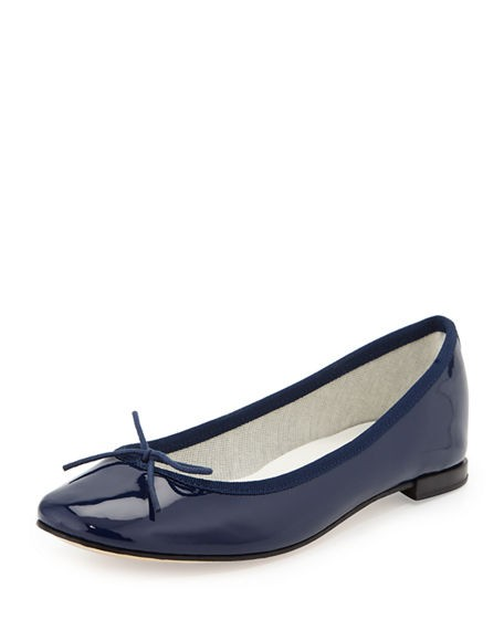 Find navy blue flats at Macy's Macy's Presents: The Edit - A curated mix of fashion and inspiration Check It Out Free Shipping with $75 purchase + Free Store Pickup.