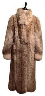 Roberts neustadter Good Condition Dryclean Only Fur Coat