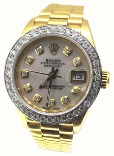 Rolex Rolex Oyster Perpetual Mother of Pearl DateJust 18k Gold Watch
