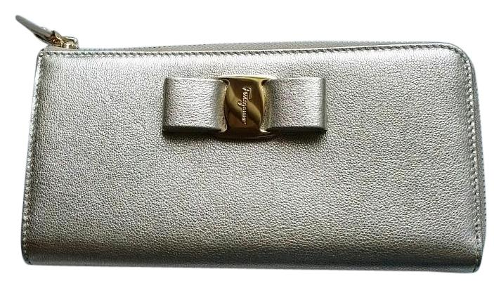 front logo purse - Metallic Salvatore Ferragamo