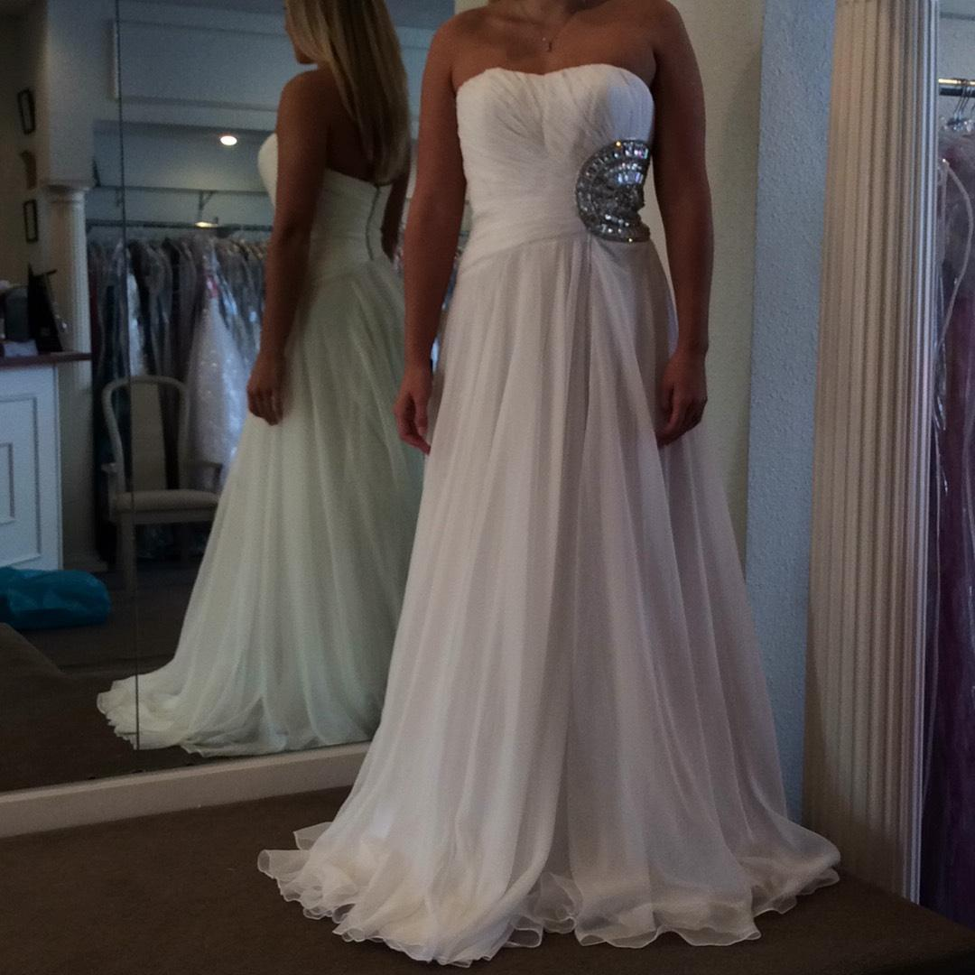 casual dresses for wedding sherri hill white chiffon casual wedding dress size 6 s 2500