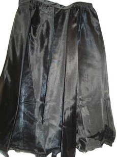 Simply Tops Ballerina Tea Length Elastic Skirt Black
