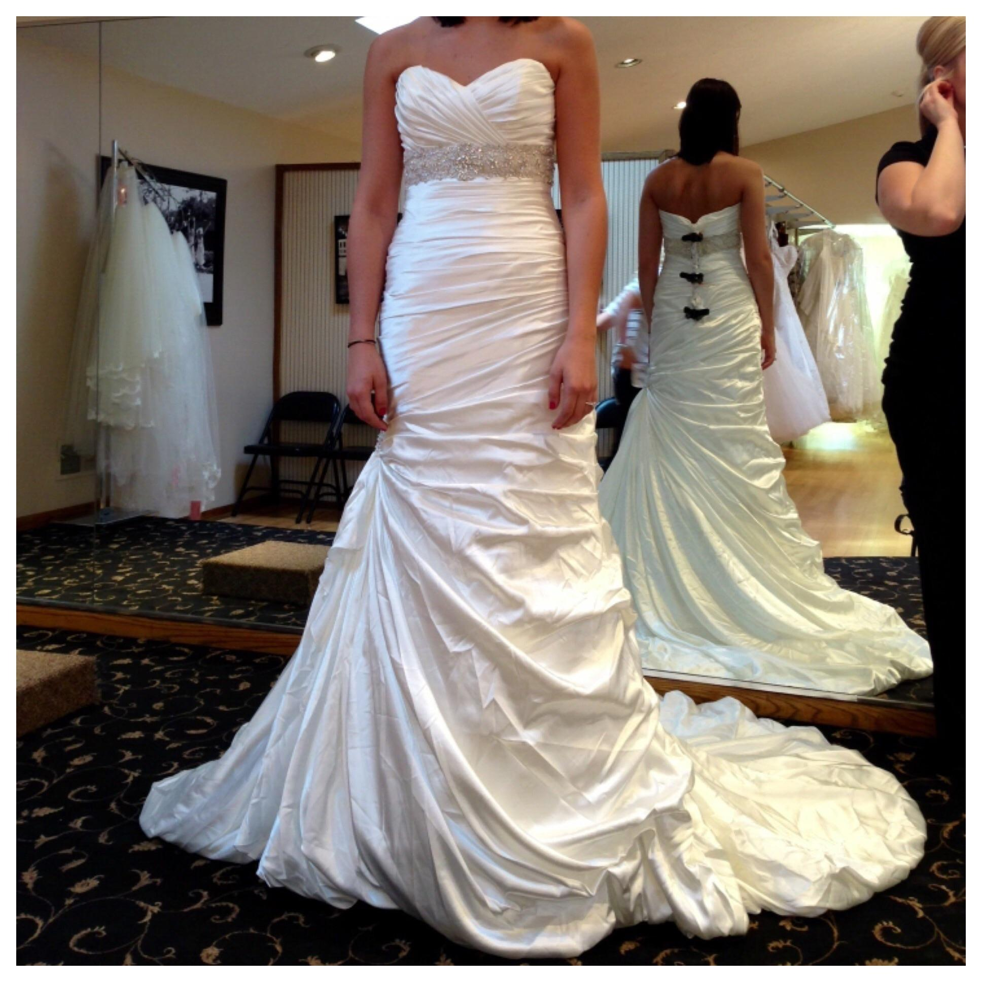 Used Wedding Dresses Buy Sell Your Wedding Dress Tradesy