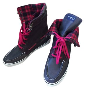 Sperry Sneakers Red Plaid 10 Brown Boots