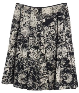 St. John Floral Skirt Black and White