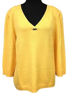 St. John Yellow Wool Rayon Quarter Sleeve V Neck Knit 728 A Sweater