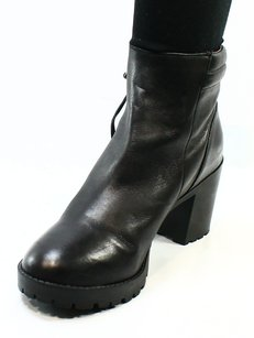 Steve Madden Fashion-ankle Leather Boots