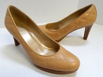 Stuart Weitzman Camel Tan Brown Pumps