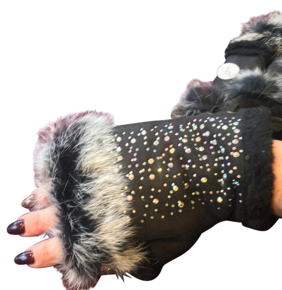 Suede texting glove faux fur  trim