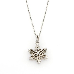 Tiffany & Co. Tiffany Co. Sterling Silver Snow Flake Pendant Necklace
