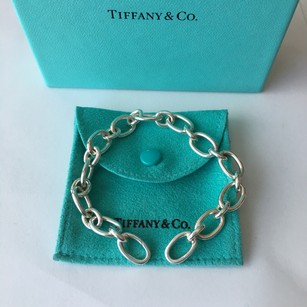 Tiffany & Co. Tiffany & Co. Sterling Silver Oval Clasping End Link Bracelet POUCH!!