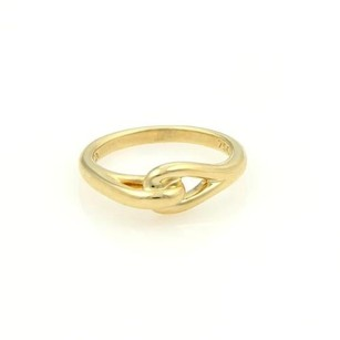 Tiffany & Co. Tiffany Co. Vintage 18k Yellow Gold Interlock Design Ring