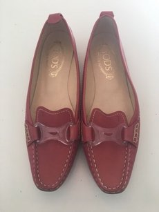 Tod's Tods Loafers Classy And Red Flats