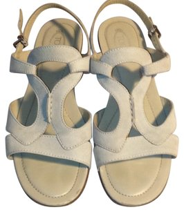 Tod's Suede Sandal Ankle Strap Cream Sandals