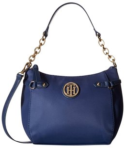 Tommy Hilfiger Stylish Modern Sadie Cross Body Bag
