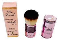 Too Faced Too Faced Mr. Right Powder Brush