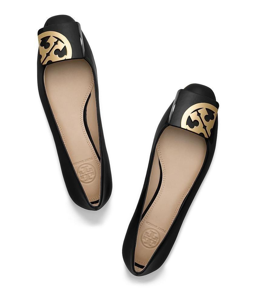 Get free shipping for designer ballet flats & patent leather ballerina flats in Tory's designer collection. Find the new looks online at maintainseveral.ml
