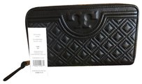 Tory Burch NWT LARGE FLEMING WALLET