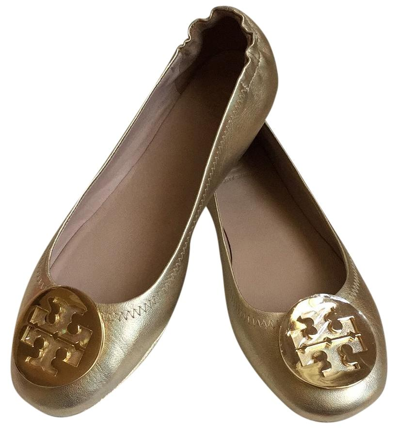 Free shipping on select women's designer clothes & shoes from Tory Burch. View the new looks online at 355movie.ml