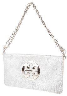 Tory Burch Silver Hardware Reva Logo Chain Textured Shoulder Bag