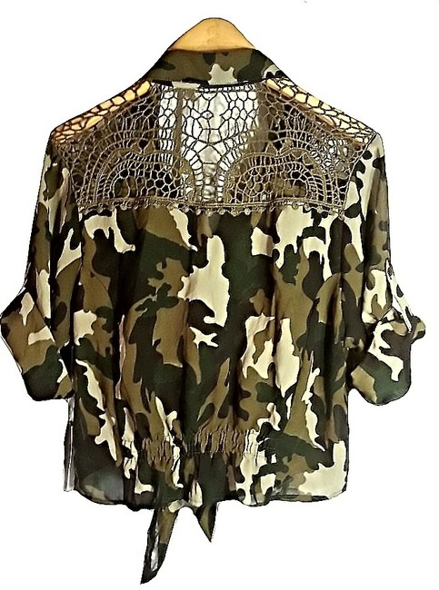 Truth Top Camo & Crochet