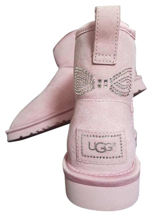 pink uggs with rhinestones