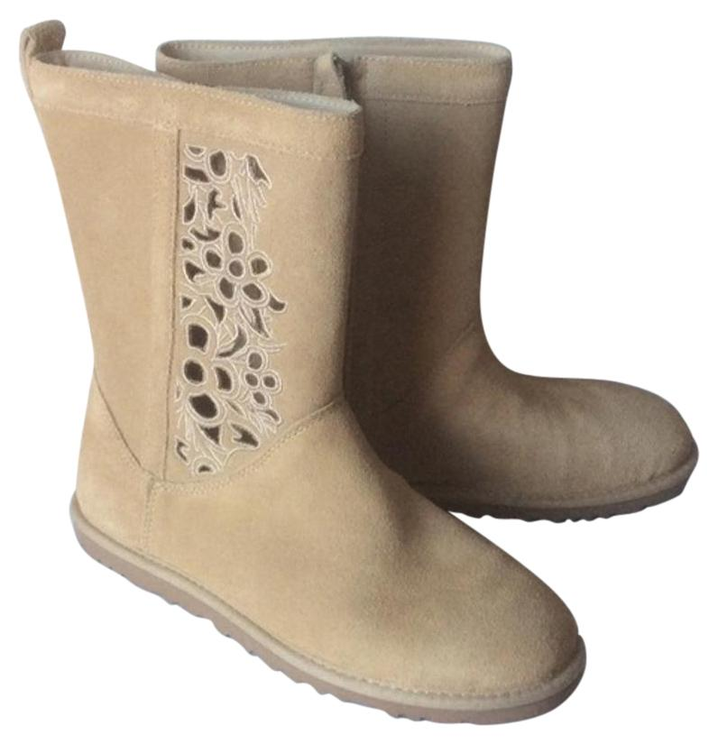 UGG Australia New With Tags Cut-out Floral Sand Boots ...