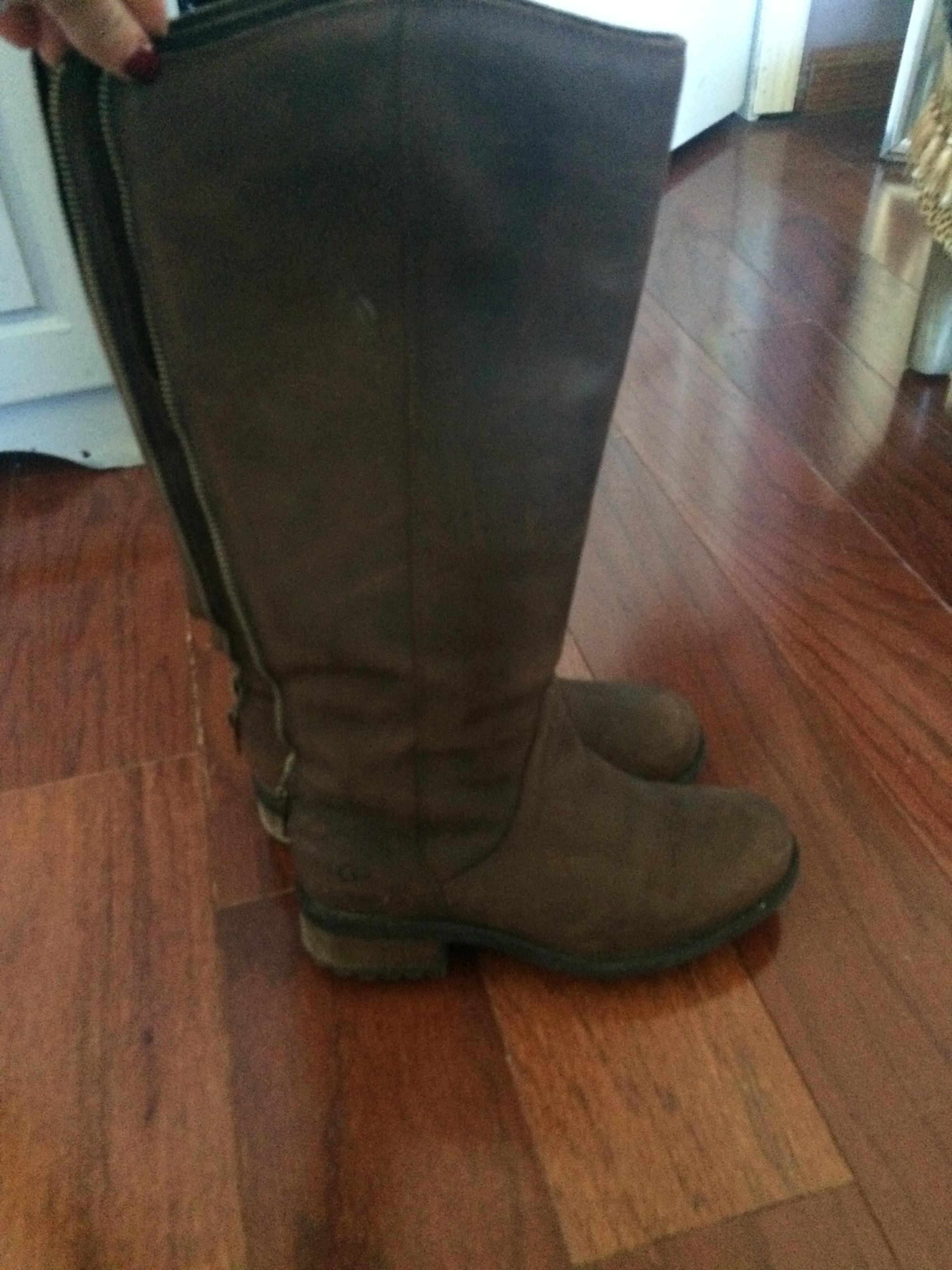 UGG Australia Seldon Suede Back Brown Boots ...