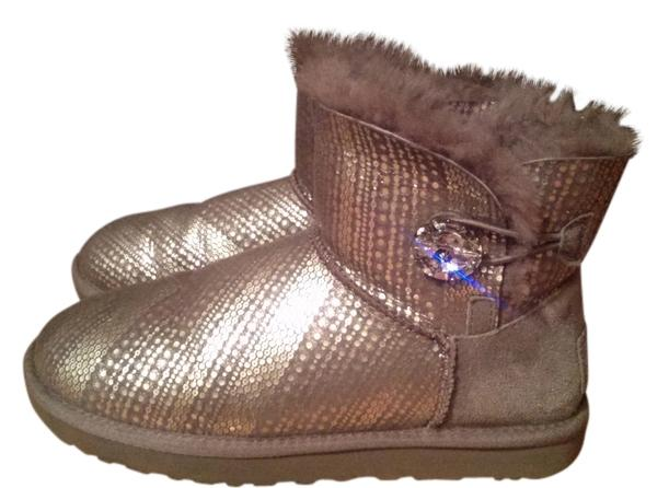 UGG Australia Silver/gray Boots ...