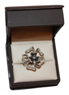 Gorgeous Sterling Silver Black and White Diamond Flower Ring