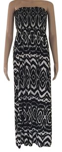 Black / White Maxi Dress by Velvet Torch