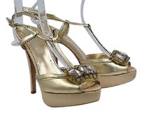 Vince Camuto Womens Gold Pumps