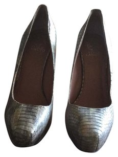 Vince Camuto Gray/Silver Snakeskin Pumps